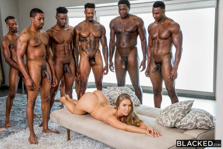 ดูหนังเอ็กซ์ Porn xxx ดูหนังโป๊ใหม่ฟรี HD LENA PAUL ขอแฟนให้ช้วยบำเรอเพื่อนๆ